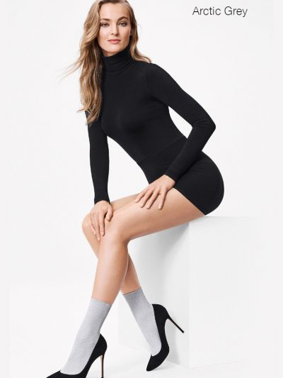 Wolford hosiery grey ankle socks