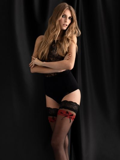 Fiore Endless Love Hold Ups