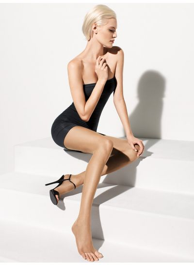 Wolford-Luxe-9-Toeless-tights