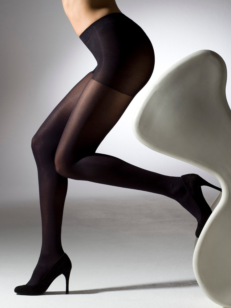 Have thought pantyhose without seam between buttocks are