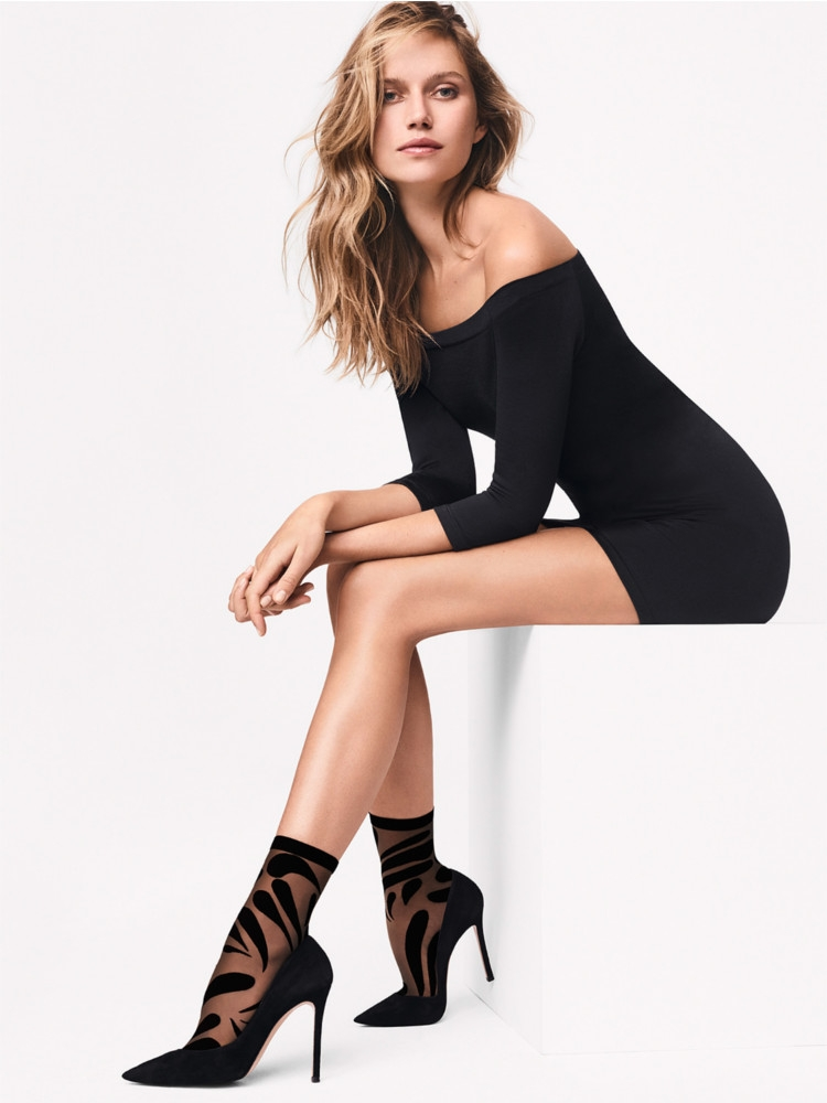 Wolford Droplet Ankle Socks