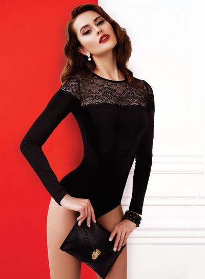 Anabel-Arto-Scallop-Lace-Top-Body-Black