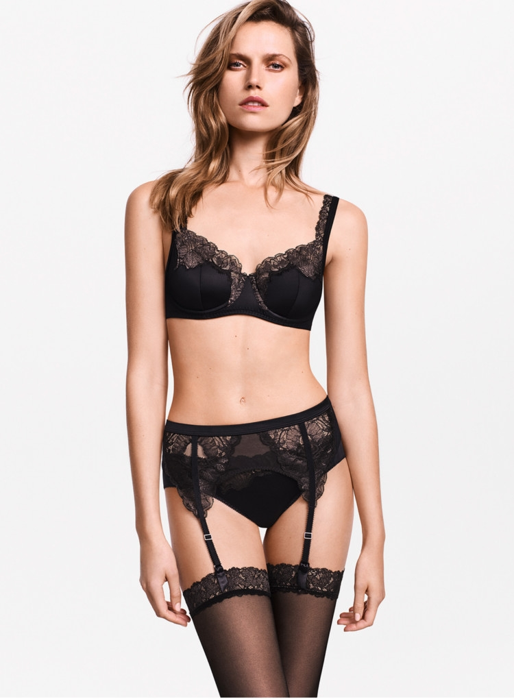 3e5f73130 Wolford Eve Stocking Belt - Hosiery Outlet